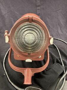 Vintage MIDGET MOLE RICHARDSON Maroon 2351 Hollywood Fresnel STUDIO LAMP LIGHT