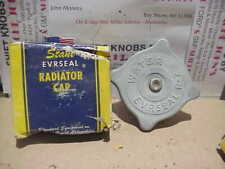 R-2 STANT 1933,1934,1935,1936 CHRYSLER, DESOTO, DODGE, PLYMOUTH,REO RADIATOR CAP
