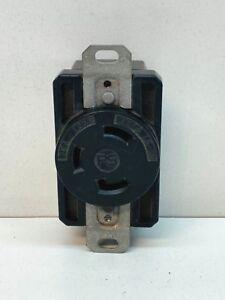 Pass & Seymour L530R Twist-Lock Locking Receptacle Outlet 30A 125V L5-30R 2-Pole