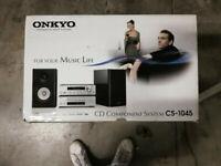 Onkyo CS-1045 B/B  CD-Mini-HiFi-System schwarz/schwarz