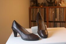 bf44c0921db Sofft 1015910 Brown Leather Patent Trim 3 1 2 Inch Stacked Heel Pumps Size 9