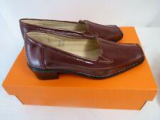 Ladies Burgundy Cushion-walk Shoes - Size 7 E -Thames Hospice