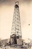 D90/ Falls City Nebraska Ne RPPC Postcard 1945 First Oil Well Occupational Men