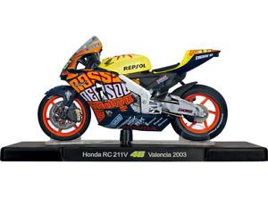 VALENTINO ROSSI Honda RC 211V 2003 MotoGP Bike - Collectable Model - 1:18 Scale