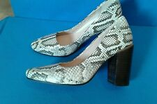 Clarks Ladies Crumble Cream Natural Snake Leather Court Shoes size 4.5 D NEW