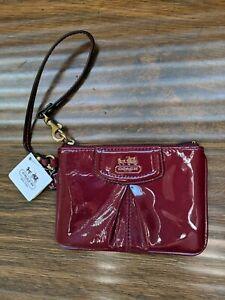 NWT Rare Coach Plum Eggplant Purple Patent Wristlet Clutch Bag Women