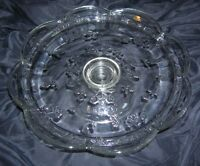 VINTAGE ANCHOR HOCKING PRESSED GLASS PEDESTAL CAKE STAND  FLOWER PATTERN (B9)