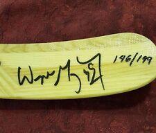 WAYNE GRETZKY VINTAGE AUTO'D HALL OF FAME 5500 HESPELER STICK UDA LE 146/199