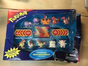 Hasbro Pokemon Collectible Charizard Battle Set Special Edition DAMAGED Box