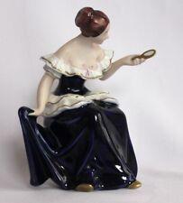 Porzellan Figur Dame mit Spiegel Royal Dux Dekoration Skulptur Mädchen Deko