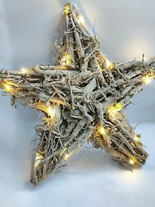 Wood Root Star Wreath–Shabby Chic Vintage Decorative Willow Door Tree LED Light