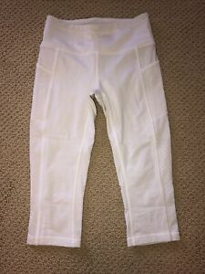 lululemon mind over miles crop in white size 4