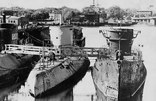 WW2 Picture Photo Submarines U-boat  Type XXI U-2513 and  submarine U-3008 872