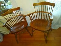 A pair of Vintage Ethan Allen Heirloom Windsor Arm Chairs in Nutmeg