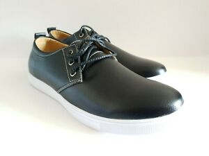 Brand new men's sleek casual canvas classic shoes in Black - Bargain