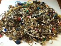 Jewelry Vintage Mod Huge Lot Junk Craft Box FULL POUNDS Brooch Necklace Earrings