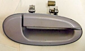1996-1999 FORD TAURUS,MERCURY SABLE OUTSIDE PASSENGER SIDE REAR DOOR. NICE //