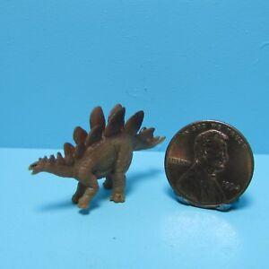 Dollhouse Miniature Rubber Plastic Toy Stegosaurus Dinosaur SL345522B