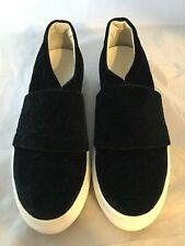 NEW Lewit Arlo Slip-On Platform Sneaker, Black Embossed Velvet Size Women 6 $225