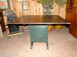 PRIMITIVE   HUTCH  TABLE