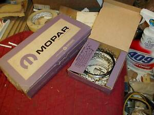 NOS MOPAR 1957-66 WIDE BLOCK 318 PISTON RING SET STND