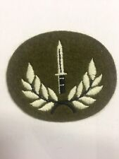BRITISH ARMY BAYONET DAGGER IN WREATH PARA COMMANDO SF BADGE PATCH NEW