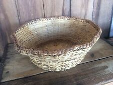 Vintage Weaved Wicker Basket ? Ornate Round Crafts Bowl