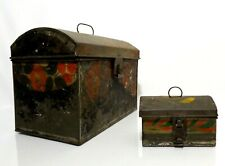 RARE 19TH C ANTIQUE AMERICAN HAND-PAINTED TIN TOLEWARE BOXES W/DOME LIDS/LATCHES