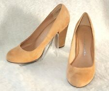 """CHINESE LAUNDRY ~ """"Hao"""" Tan Suede Look Classic Pumps Sz 8.5 M * VERY GOOD"""