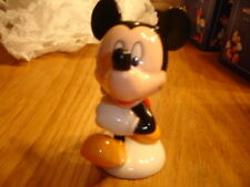 Royal Doulton 70th Anniversaire Disney Mickey Mouse Entièrement neuf dans sa boîte made in England