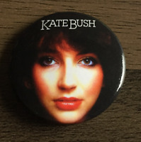 KATE BUSH BUTTON BADGE English Singer Songwriter - Wuthering Heights  25mm Pin