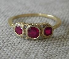 Antique Ruby Diamond 18k yellow Gold Ring