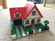 LEGO CREATOR HOUSE 3 In 1 (4956) - Used (No Original Box) [Some Missing Pieces]