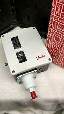 "Danfoss Pressure Control Range 4-17 Bar, Diff 1.2-1.3 Bar Connection 1/4"" flare"