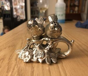 Vintage Silver Love Birds Salt and Pepper Shakers Pewter. Free Shipping