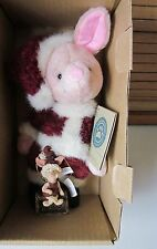 "Boyds 1999 ""Santa's Helper"" Disney Piglet w/ornament"