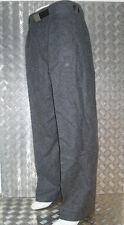 Markenlose Herrenhosen aus Wolle