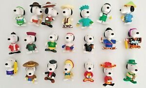 Collectors 21 x Snoopy World Tour 1999 McDonald's Happy Meal Toys 21 countries