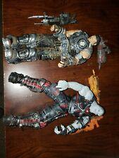 NECA Gears of War 3 Exclusive Action Figure 2Pack Marcus Fenix Locust Grunt
