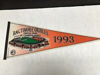 1993 BALTIMORE ORIOLES CAMDEN YARDS  FULL SIZE PENNANT BEAUTIFUL
