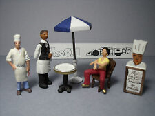 4  FIGURINES 1/43  SET 290  LE  RESTAURANT  ETOILE  VROOM  UNPAINTED