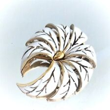 Mid-Century Trifari Exotic Flower Gold White Enamel Brooch Pin