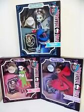Monster High Scarily Ever After Doll Set Frankie Draculaura Clawdeen Halloween