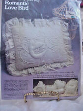 COLLECTIBLE   PILLOW KIT  BY YOURS TRULY  ROMANTIC LOVE BIRD 16 X 20  NIP   NOS