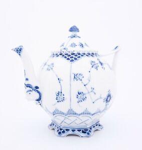Teapot #1119 - Blue Fluted - Royal Copenhagen - Full Lace - 1st Quality