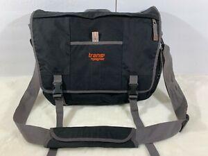 Trans by Jansport Laptop Messenger Bag Briefcase Shoulder Strap Black & Gray