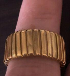 Breiter Ring aus 750er Gelbgold 8.1 Gr. Gliederring