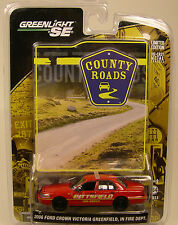 GREENLIGHT DIECAST METAL 1:64 SCALE PITTSFIELD IN FIRE & RESCUE RED 2006 FORD