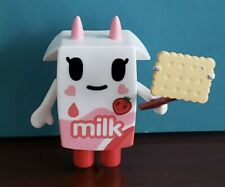 tokidoki Breakfast Besties Moofia~STRAWBERRY SELFIE~Strawberry Milk Figurine