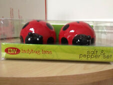 36975  Red Black Ladybug Lane Salt Pepper Shakers Set Insect Bug Kitchen Friend